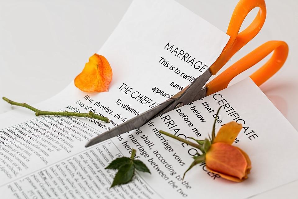 Czym się różni rozwód odseparacji?