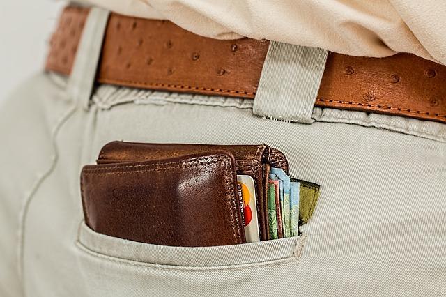Wszystkie koszty kredytu gotówkowego – sprawdź