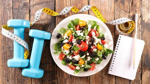 Zalety iwady diety niskowęglowodanowej
