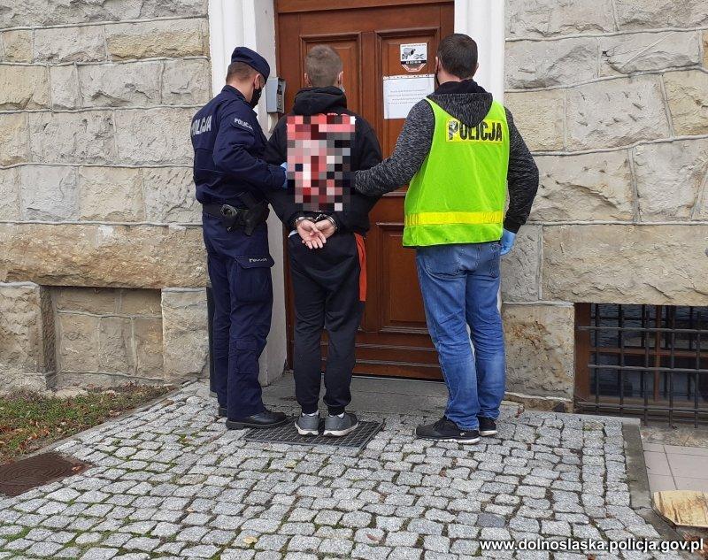 Areszt za kradzież rozbójniczą