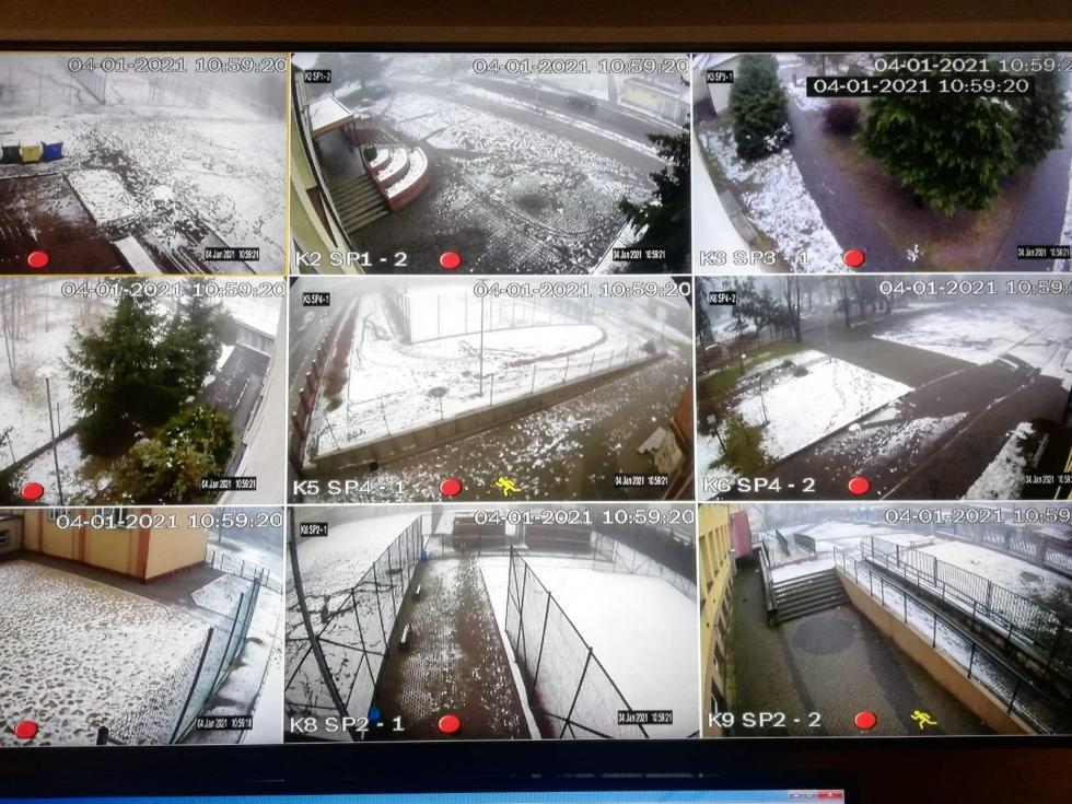 Kamery na budynkach szkół podstawowych wBolesławcu